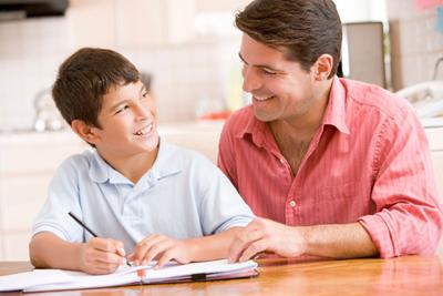 Como Ayudar a los Hijos con las Tareas 1