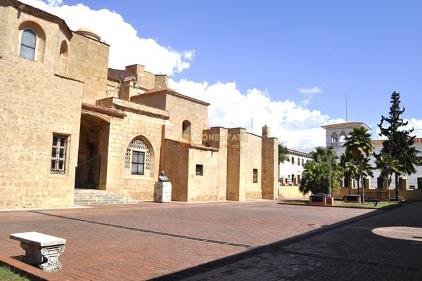 Plaza de los Curas 1
