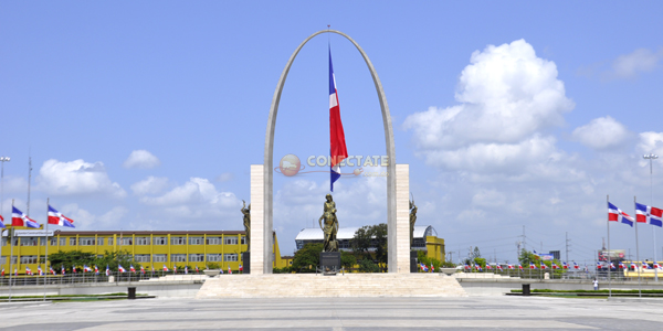 Plaza de la Bandera 3